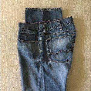 Wrangler Relaxed Straight Leg Jean